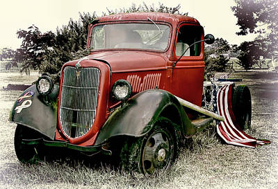 Aged Photograph - Vintage Patriotic Truck by Marcia Colelli
