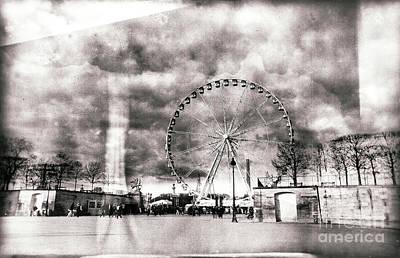 Photograph - Vintage Place De La Concorde Paris by John Rizzuto