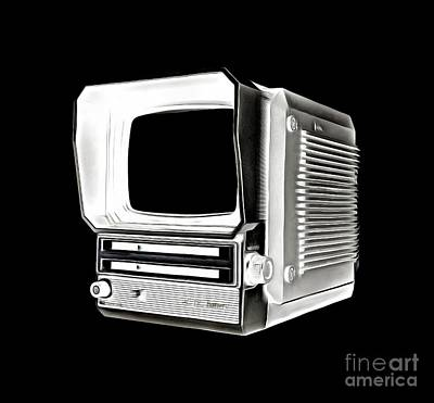 Tv Show Drawing - Vintage Portable Television Tee by Edward Fielding