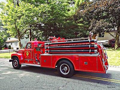 Photograph - Vintage Pumper Fire Engine by Susan Savad