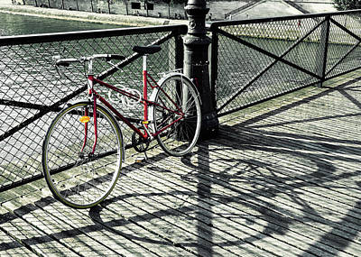 Photograph - Vintage Red Bicycle In Paris by Dutourdumonde Photography