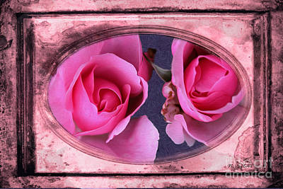 Photograph - Vintage Rose Bud Plate Frame Painting by Nina Silver