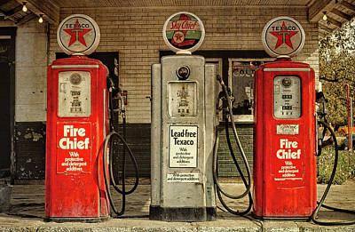 Photograph - Vintage Texaco Gas Pumps by David King