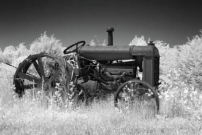 Photograph - Vintage Tractor by James Barber