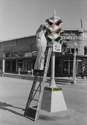 Photograph - Vintage Traffic Light by Andrew Fare