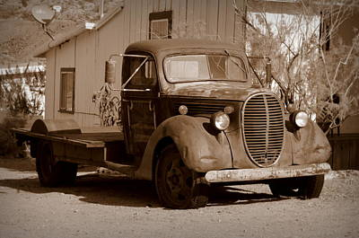 Photograph - Vintage Truck - Randsburg by Guy Hoffman