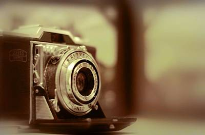 Ikon Photograph - Vintage Zeiss Ikon by A R Williams