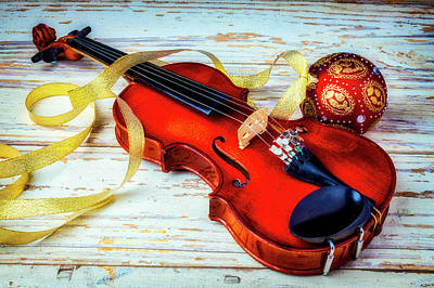 Photograph - Violin And Christmas Ball by Garry Gay