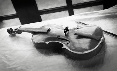 Digital Art - Violin by Ian Merton