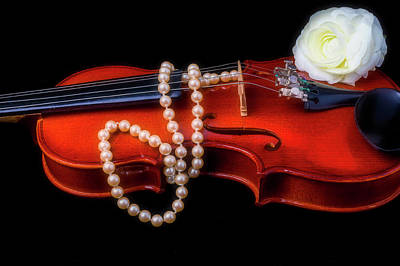 Fiddle Wall Art - Photograph - Violin With Pearls by Garry Gay