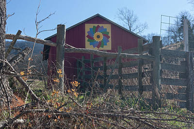 Photograph - Virginia Barn Quilt Series Xxi by Suzanne Gaff