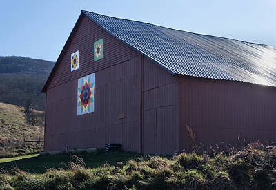 Photograph - Virginia Barn Quilt Series Xxxi by Suzanne Gaff