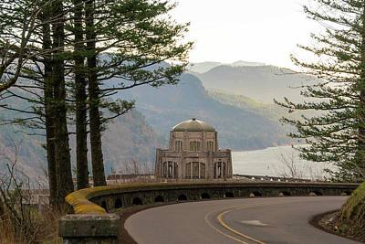 Photograph - Vista House Along Old Columbia Highway by David Gn