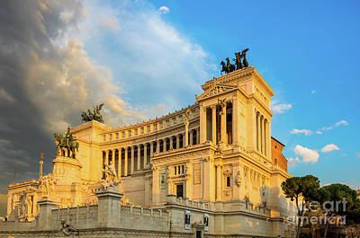 Capitoline Photograph - Vittoriano Altare Della Patria by Inge Johnsson