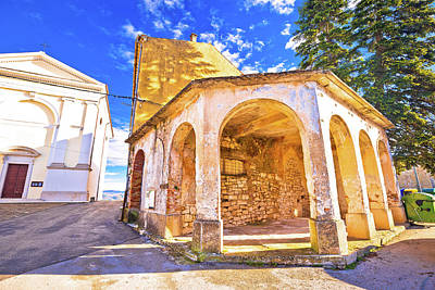 Photograph - Vizinada Old Stone Square And Church View by Brch Photography