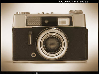Vintage Camera Wall Art - Photograph - Voigtlander Rangefinder Camera by Mike McGlothlen