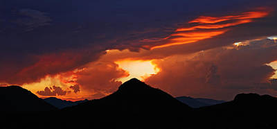 Photograph - Volcano Sunset by Tom Daniel