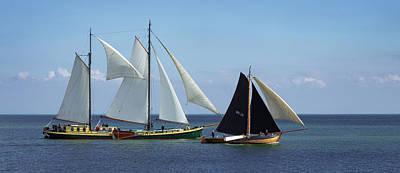 Photograph - Volendam Boats by Bob VonDrachek