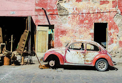 Photograph - Volkswagen Beetle In San Miguel De Allende by Rob Huntley