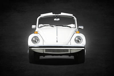 Vw Beetle Photograph - Volkswagen Beetle by Mark Rogan