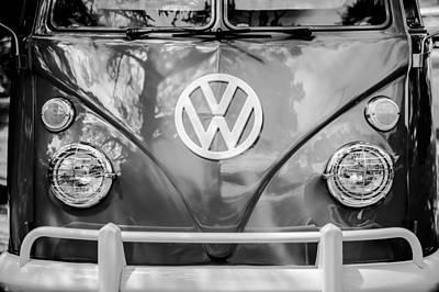 Volkswagen Bus Photograph - Volkswagen Vw Bus -0108bw by Jill Reger
