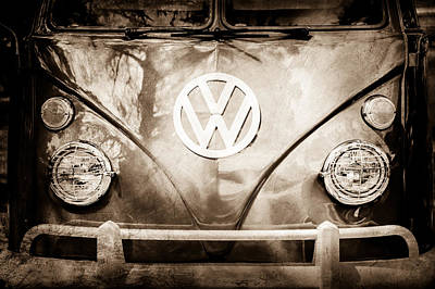 Bus Photograph - Volkswagen Vw Bus Emblem -0108s by Jill Reger