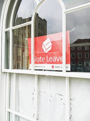 Vote Leave Art Print by Tom Gowanlock