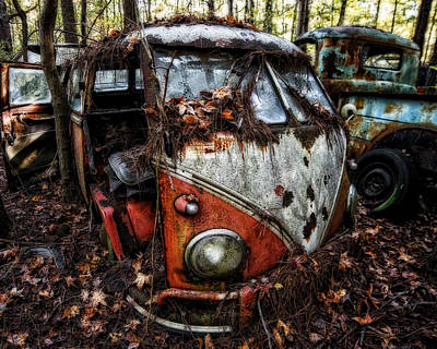 Photograph - Vw Van Glow by Alan Raasch