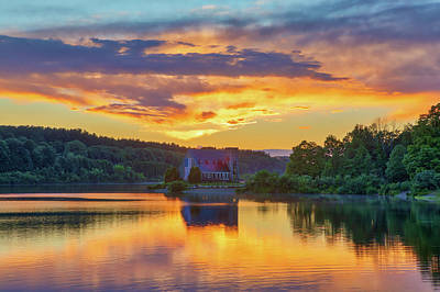 Photograph - Wachusett Reservoir Old Stone Church Sunset by Juergen Roth
