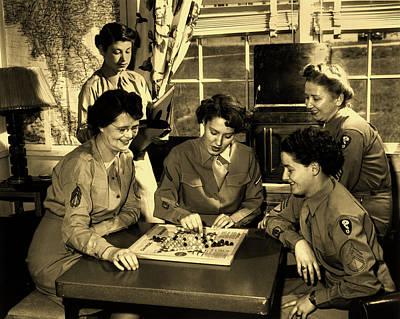 Photograph - Wacs In Dorm - Oak Ridge Tennessee 1940s by Ed Westcott