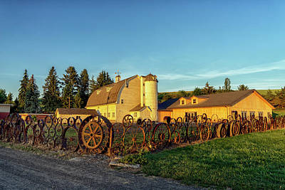 Photograph - Wagon Wheel Fence Palouse Wa Dsc04460 by Greg Kluempers