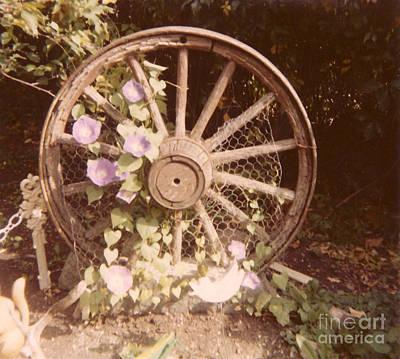 Photograph - Wagon Wheel Memoir by Donna L Munro