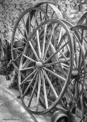 Photograph - Wagon Wheel Monochrome by LeeAnn McLaneGoetz McLaneGoetzStudioLLCcom