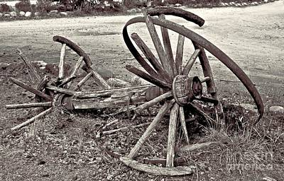 Photograph - Wagon Wheels Monotone by Linda Bianic