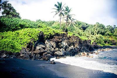 Photograph - Waianapanapa Black Sand Beach Pailoa Bay Hana Maui Hawaii by Sharon Mau