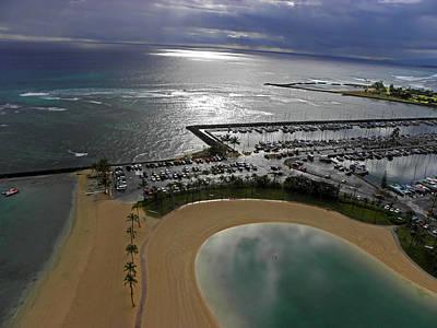 Photograph - Waikiki Beach I by Elizabeth Hoskinson