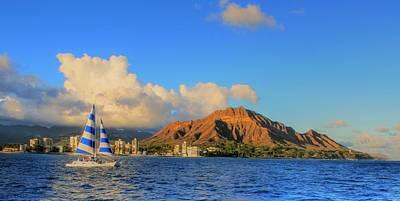 Waikiki Cruising Art Print