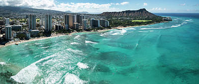 Diamond Head Photograph - Waikiki To Diamond Head by Sean Davey