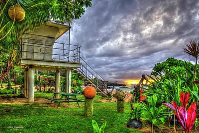 Photograph - Waimea Bay Life Guard Stand Waimea Bay North Shore Oahu Hawaii Art by Reid Callaway