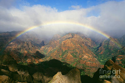 Photograph - Waimea Canyon, Full Rainbow by Brent Black - Printscapes