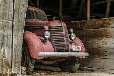 Photograph - Waiting For Harvest Time by Joe Hudspeth