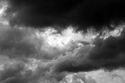 Photograph - Waiting For The Storm 3 Bw by Mary Bedy