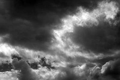 Photograph - Waiting For The Storm 4 Bw by Mary Bedy