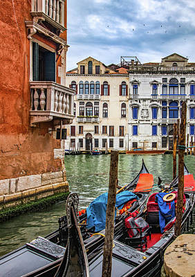 Photograph - Waiting Gondolas by Carolyn Derstine