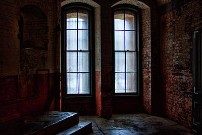 Photograph - Waiting Inside by Mike Trueblood