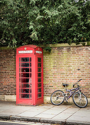 Photograph - Waiting To Phone by Jean Noren