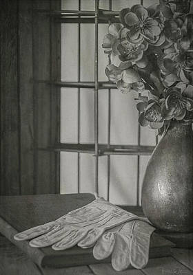 Photograph - Waiting To Sing Bw by Teresa Wilson