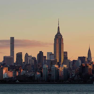 Photograph - Wakey Wakey, New York City by Prithvi Mandava