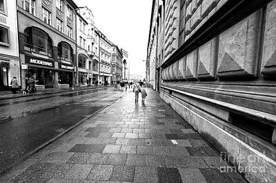 Photograph - Walk To Odeonsplatz by John Rizzuto