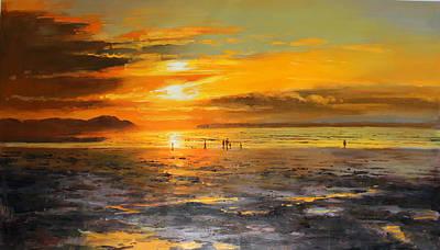 Walkers On Enniscrone Beach At Sunset County Sligo Art Print